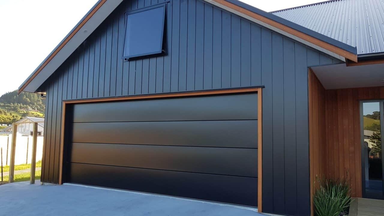 Dominator Nevada Sectional Garage Door